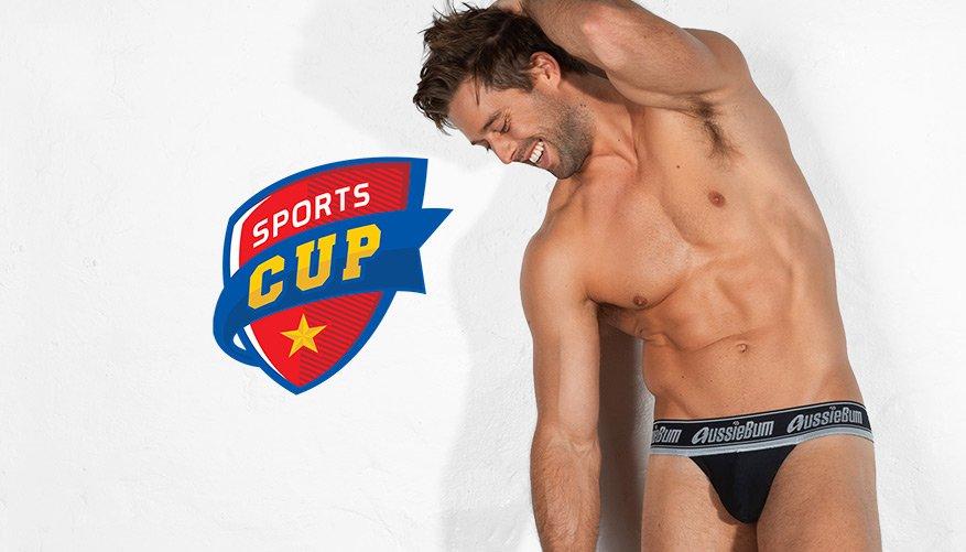 SportsCup Black Lifestyle Image