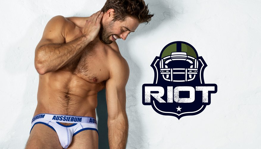 Riot Brief White Lifestyle Image