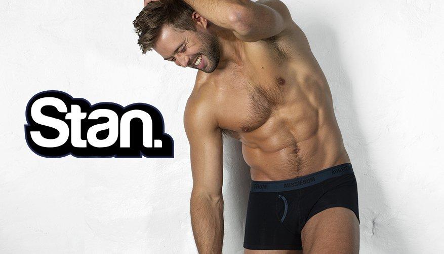 Stan Ocean Black Lifestyle Image