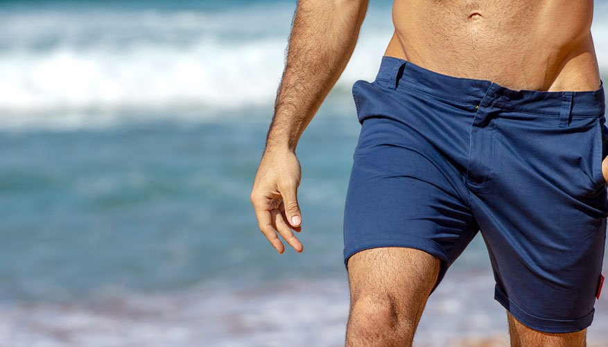 Chino short Navy Lifestyle Image