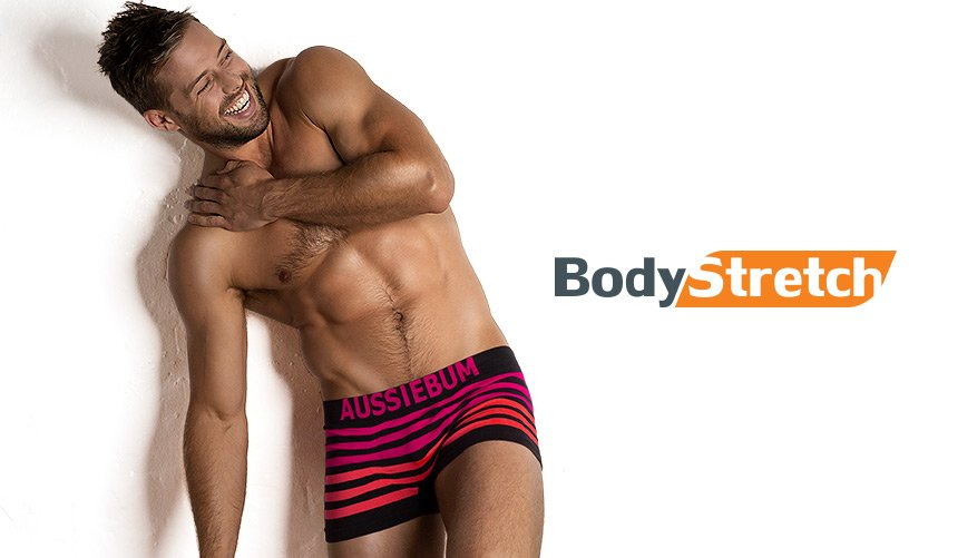 Bodystretch Black Pink Lifestyle Image